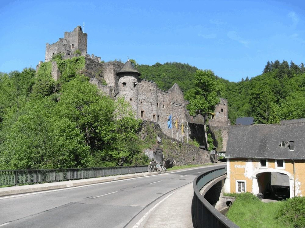 Burcht-Manderscheid-4
