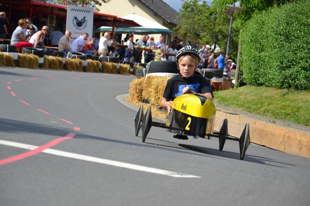 Plascheid Seifenkistenrennen bij Neuerburg
