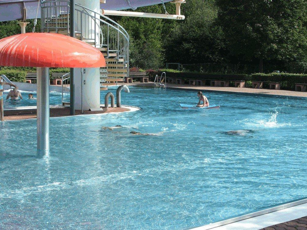 Aqua-Fun-Schwimbbad-Neuerburg-10