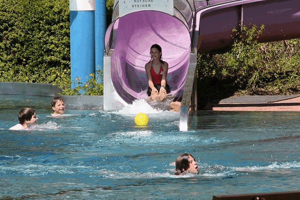 Aqua-Fun-Schwimmbad-Neuerburg-11