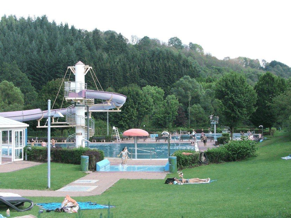 Aqua-Fun-Schwimmbad-Neuerburg-3