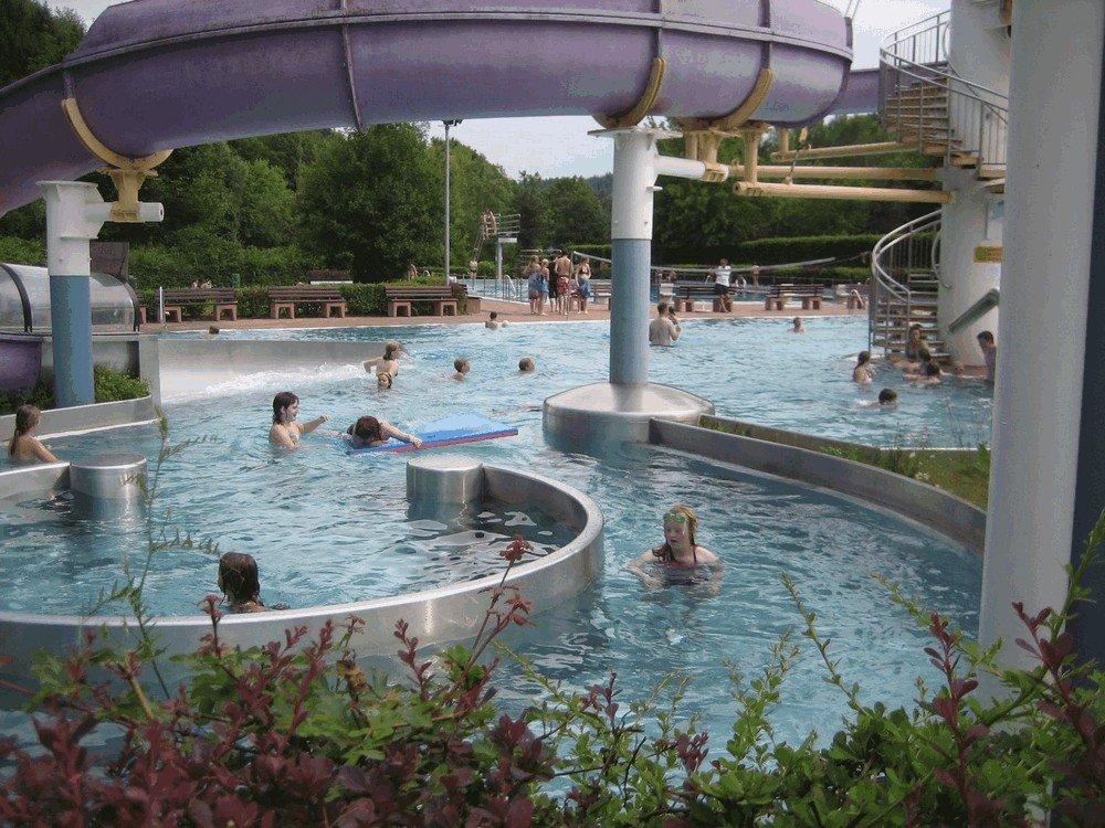 Aqua-Fun-Schwimmbad-Neuerburg-5