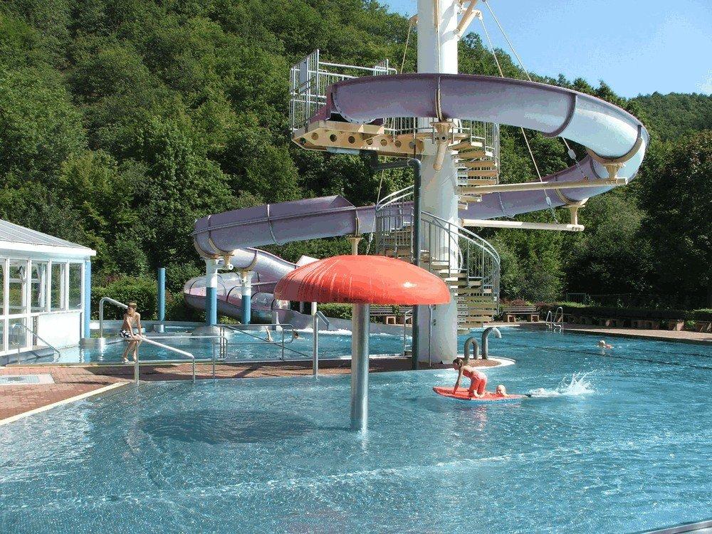 Aqua-Fun-Schwimmbad-Neuerburg-7