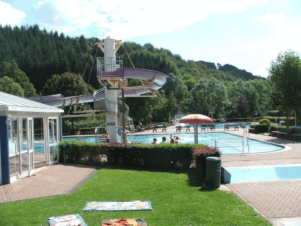 Aqua-Fun-Schwimmbad-Neuerburg-9